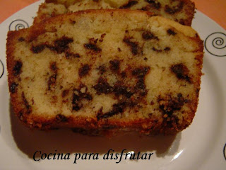 PLUM CAKE CON PEPITAS DE CHOCOLATE