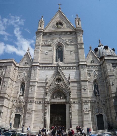 Duomo+di+Napoli.jpg