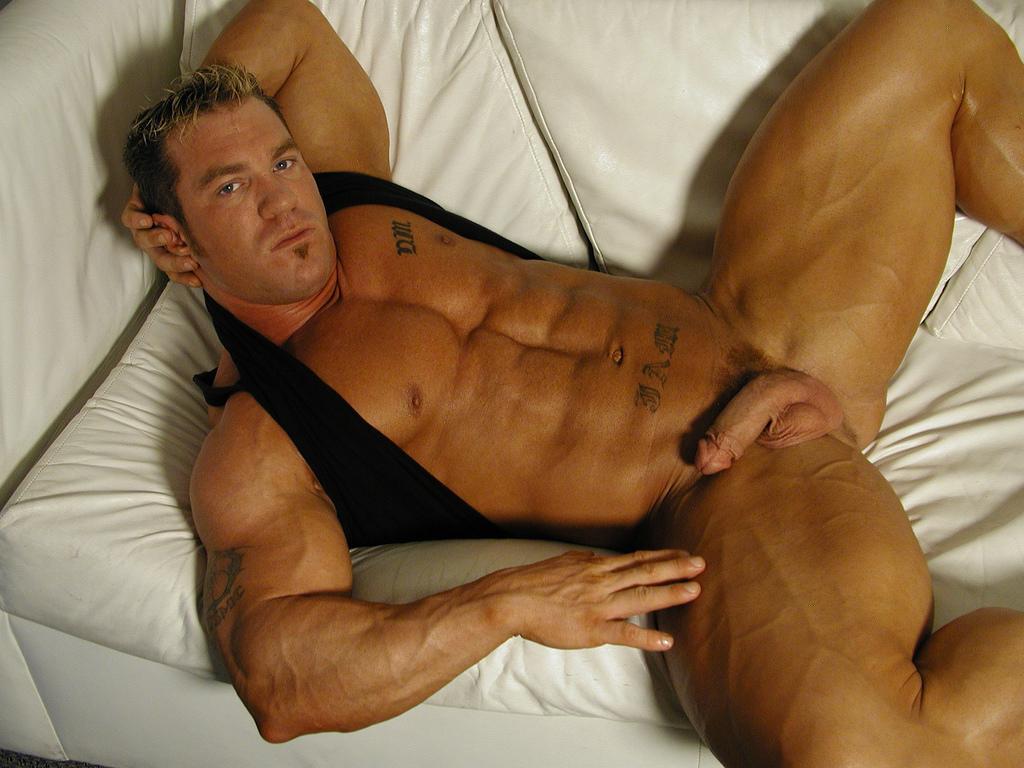 gay looking man sex straight