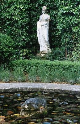 Валентино(Valentino)интерьеры,фото, звезды
