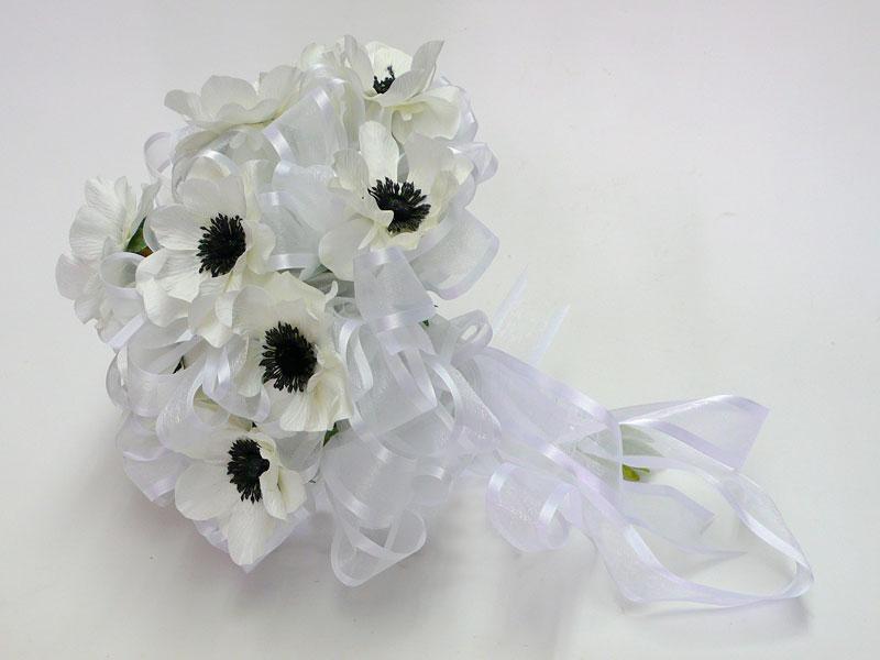 you-first-dance-together songmakeupnbspjewelery centerpiece hair nbsp dress nbsp groom cake flowers