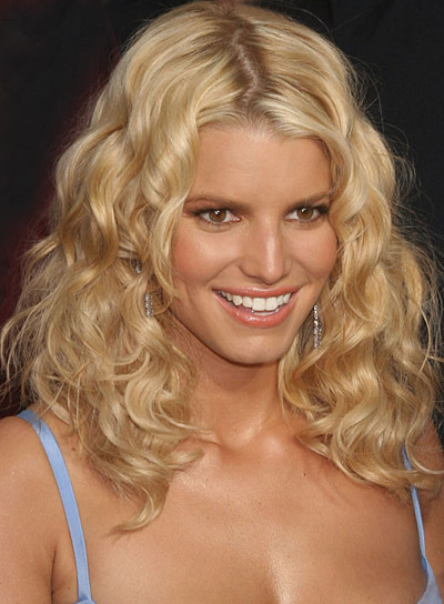 pretty hairstyles for girls with curly. Hairstyles,Celebrity