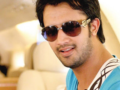 wallpapers of atif aslam. Atif Aslam Wallpapers