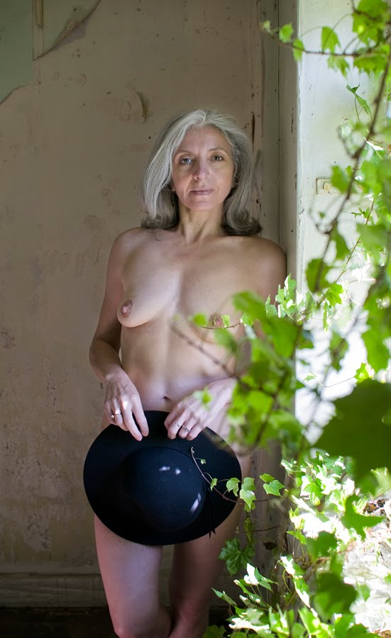 AlexB 066 We caught up to this all natural busty blonde babe in the woods and decided ...