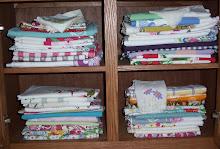 Vintage Tablecloths & Linens!