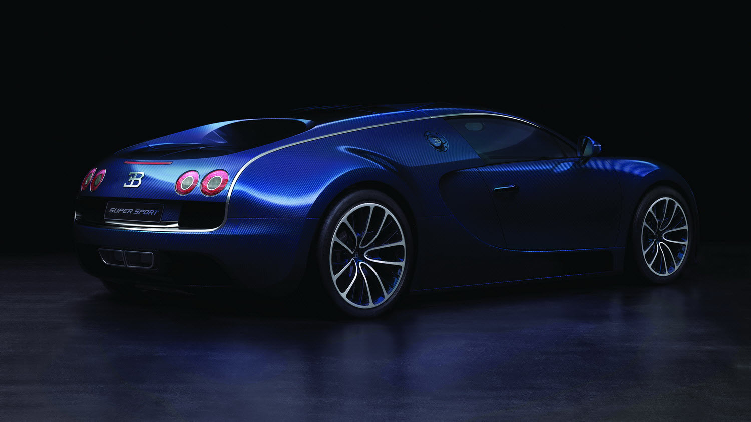 bugatti veyron super sport debuts will hit 10mph less top speed than record. Black Bedroom Furniture Sets. Home Design Ideas