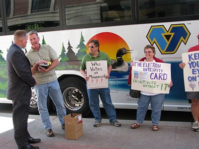 Photo voter protest (photo: Dick Taylor for Minnesota Majority)
