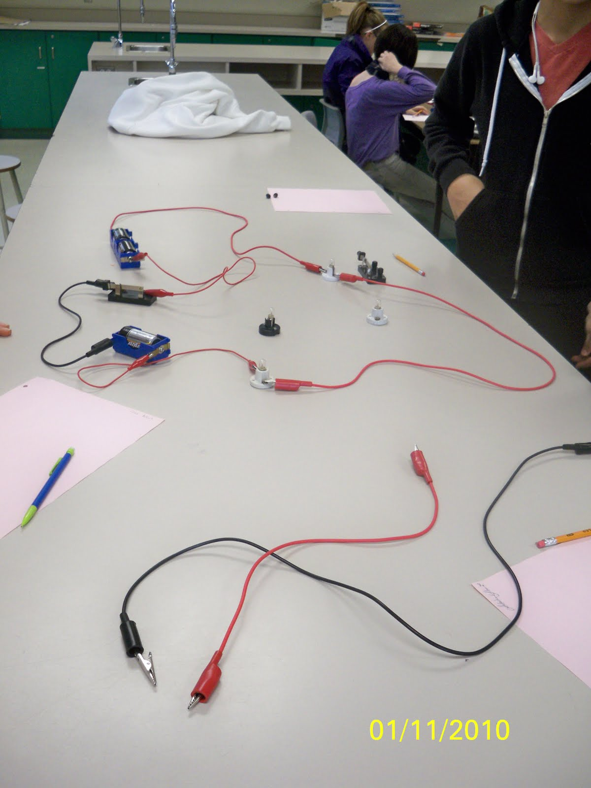 Eureka! Hands-On Minds-On Science: Posting six -- Current ...
