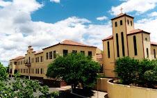 Colégio Francisca Mendes