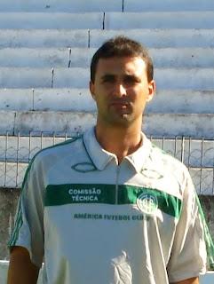 Para Mauro Branco, campanha do acesso é passado e foco está no Pernambucano 2011
