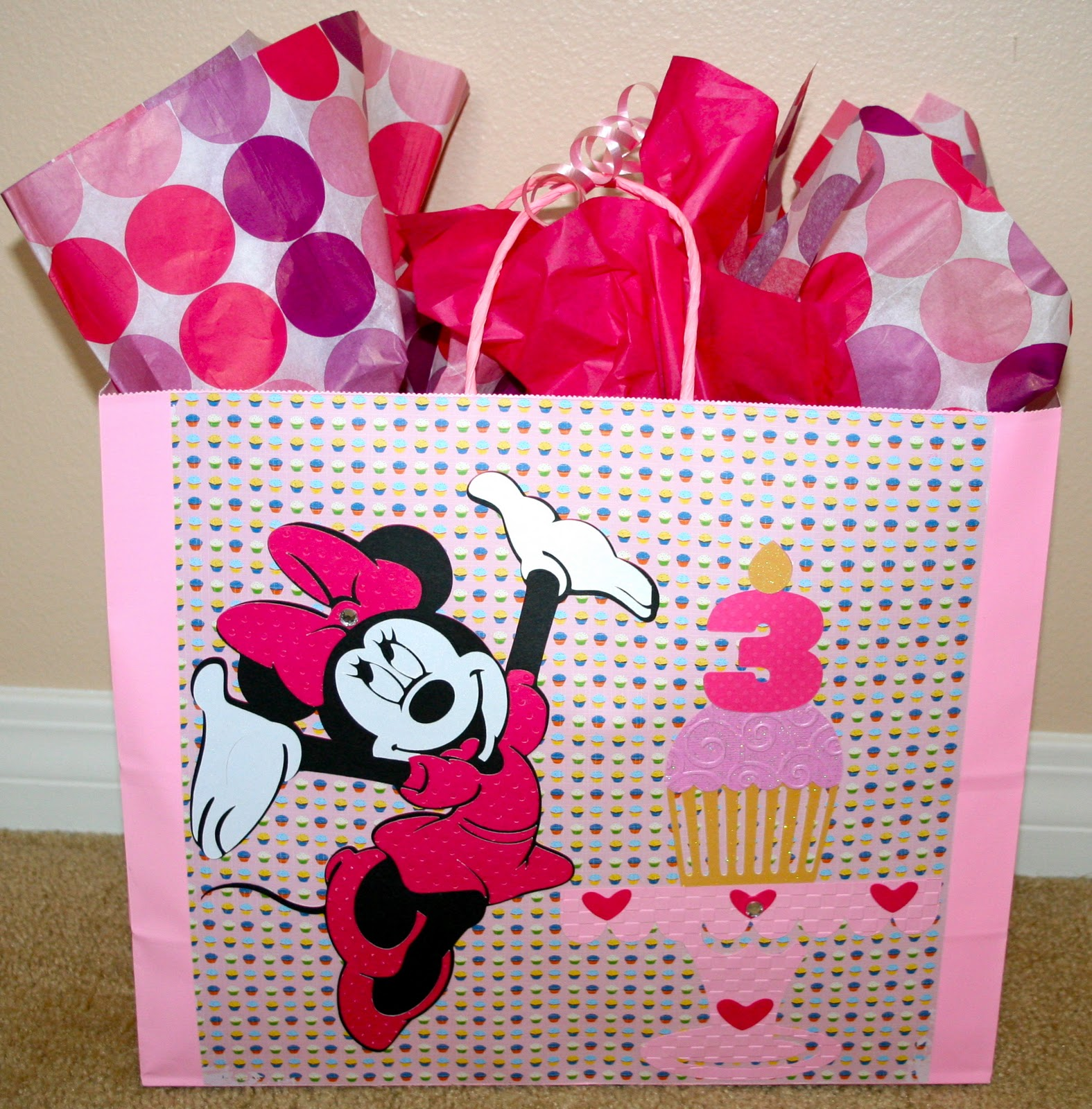 to scrap minnie mouse cards gift bag