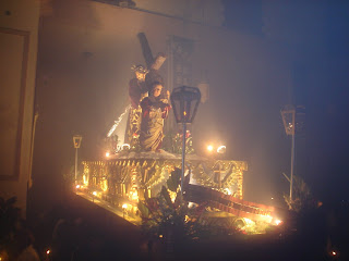 imagen, imagenes, fotos, fotografias, galeria, fotografica, semana, santa, cuaresma, guarda, viejo, divina, providencia, ciudad, guatemala, noche, nocturno, nocturna, medianoche, entrada, ingreso, solemne