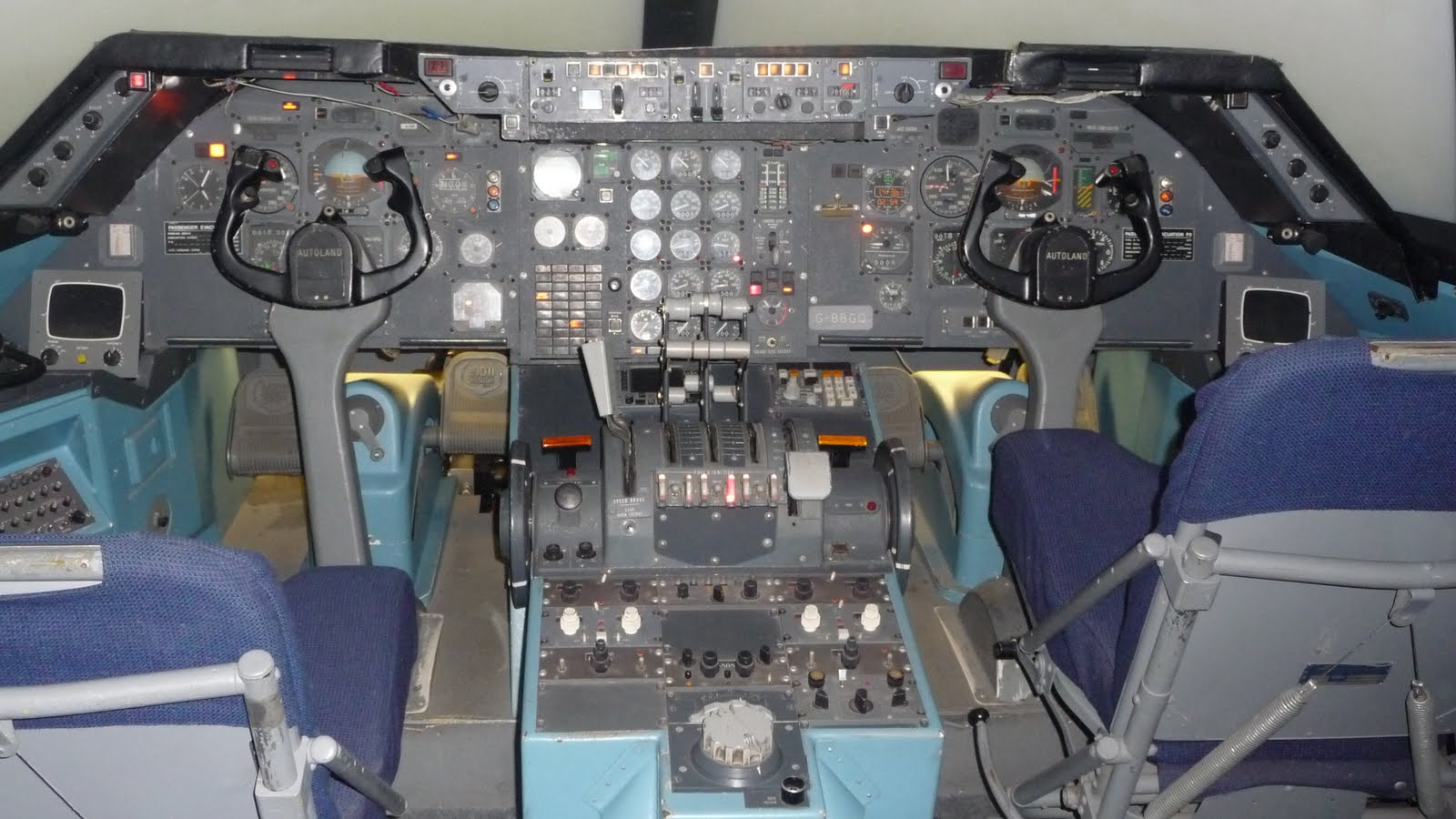 [L-1011+Cockpit++Sim.jpg]