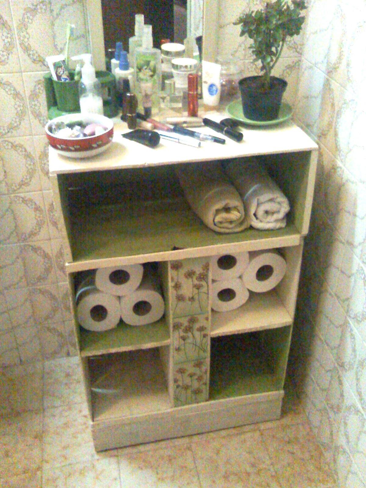 Artes e Badulaques Armário de banheiro com caixotes -> Banheiro Decorado Com Caixote De Feira