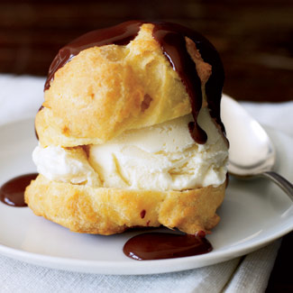 Cream Puffs ~ Best Italian Desserts