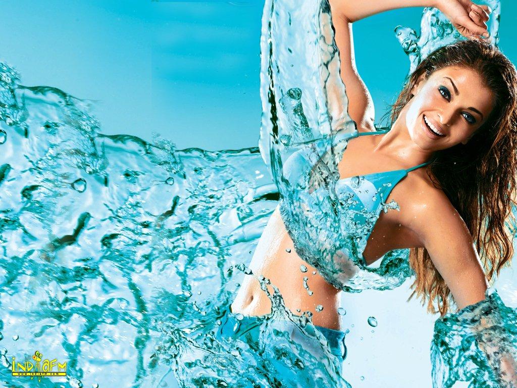 http://2.bp.blogspot.com/_Iq1fkO6qus0/TQIvZ4VpPTI/AAAAAAAAAOA/boQrgVMoHP4/s1600/Aishwarya-Rai-Wallpapers_1012201008.jpg