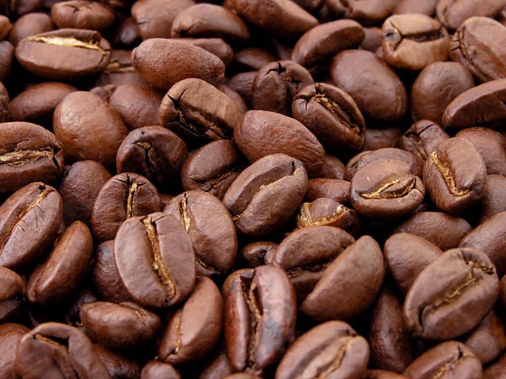http://2.bp.blogspot.com/_Iq1fkO6qus0/TU8k6zTLOYI/AAAAAAAAAx0/LatN09aqMVA/s1600/coffee-bean-wallpaper_7220112.jpg