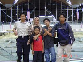 Di KLIA 2004