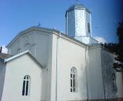 Exteriorul bisericii