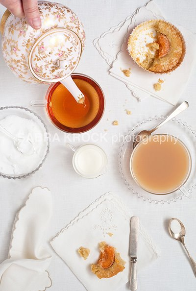 Spoonful: Just in time for summer: apricot tea cakes