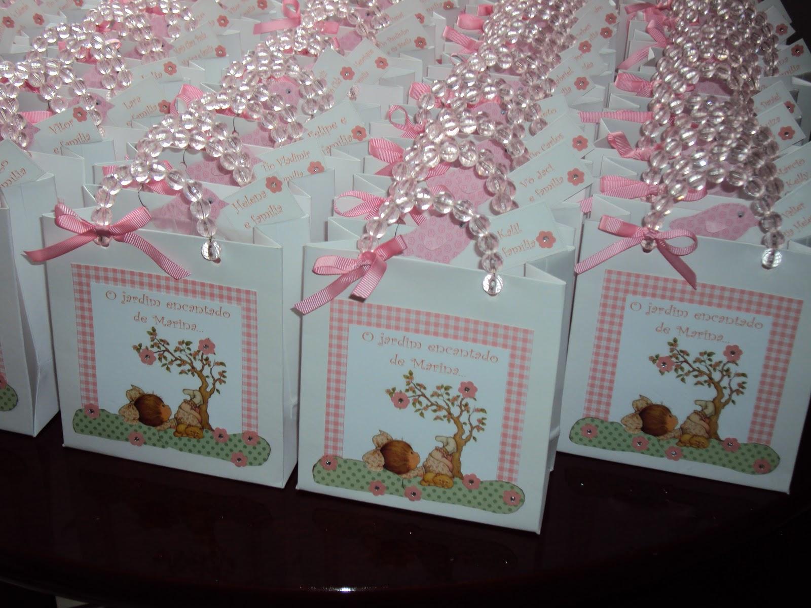 imagens de jardim encantado para convites:convite foi feito para festa de 1 aninho com o tema jardim encantado