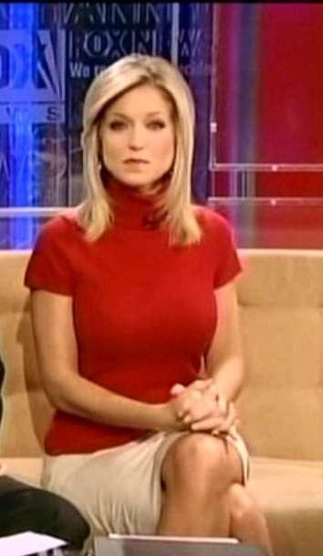 Fox News Ainsley Earhardt Legs