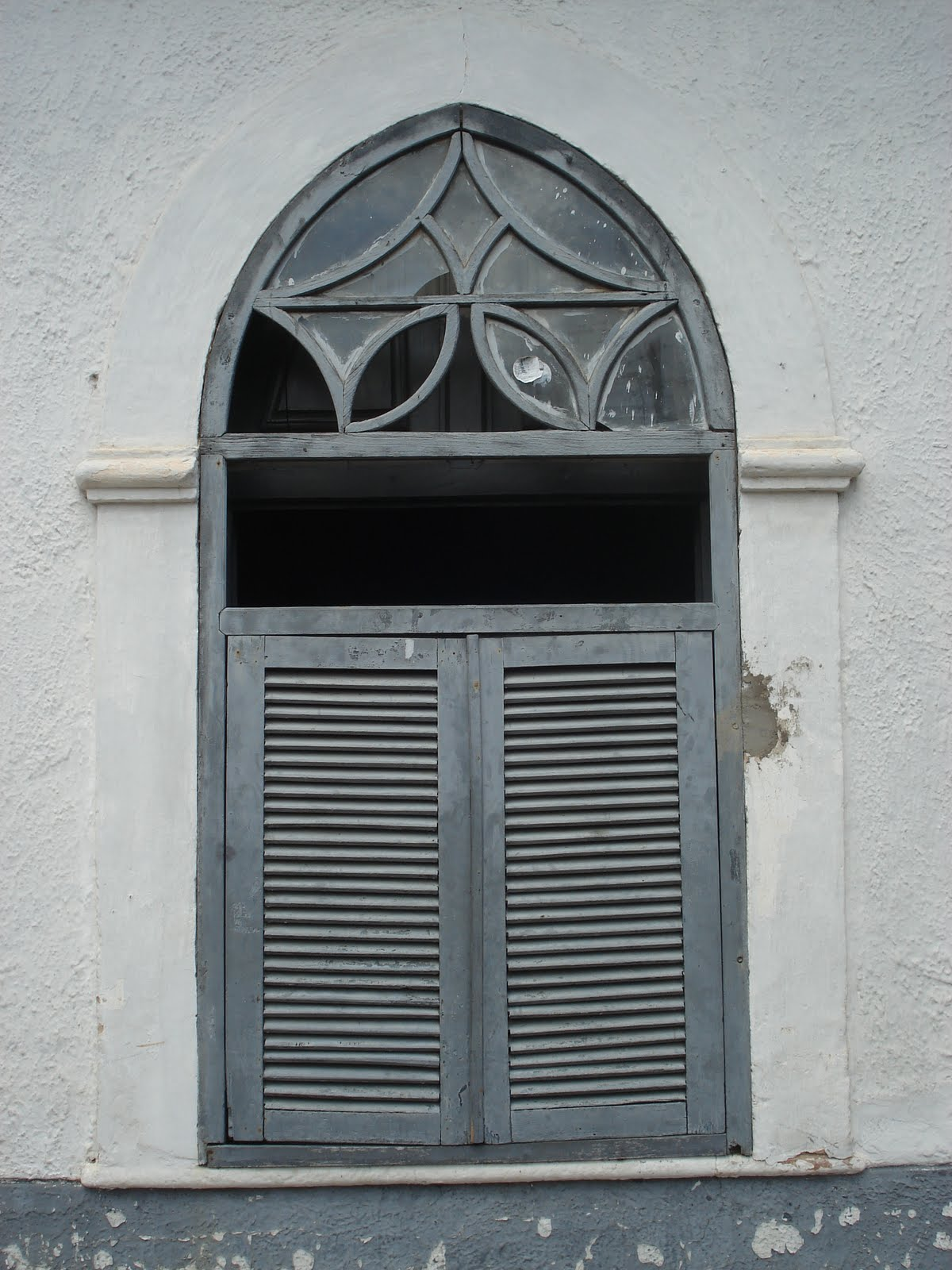#515B61 KAKI AFONSO Arquitetura: Janelas da arquitetura piauiense: Amarante. 474 Janelas Duplas Madeira