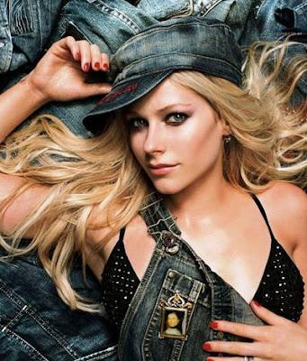 Avril Lavigne Alice Letra Traducida