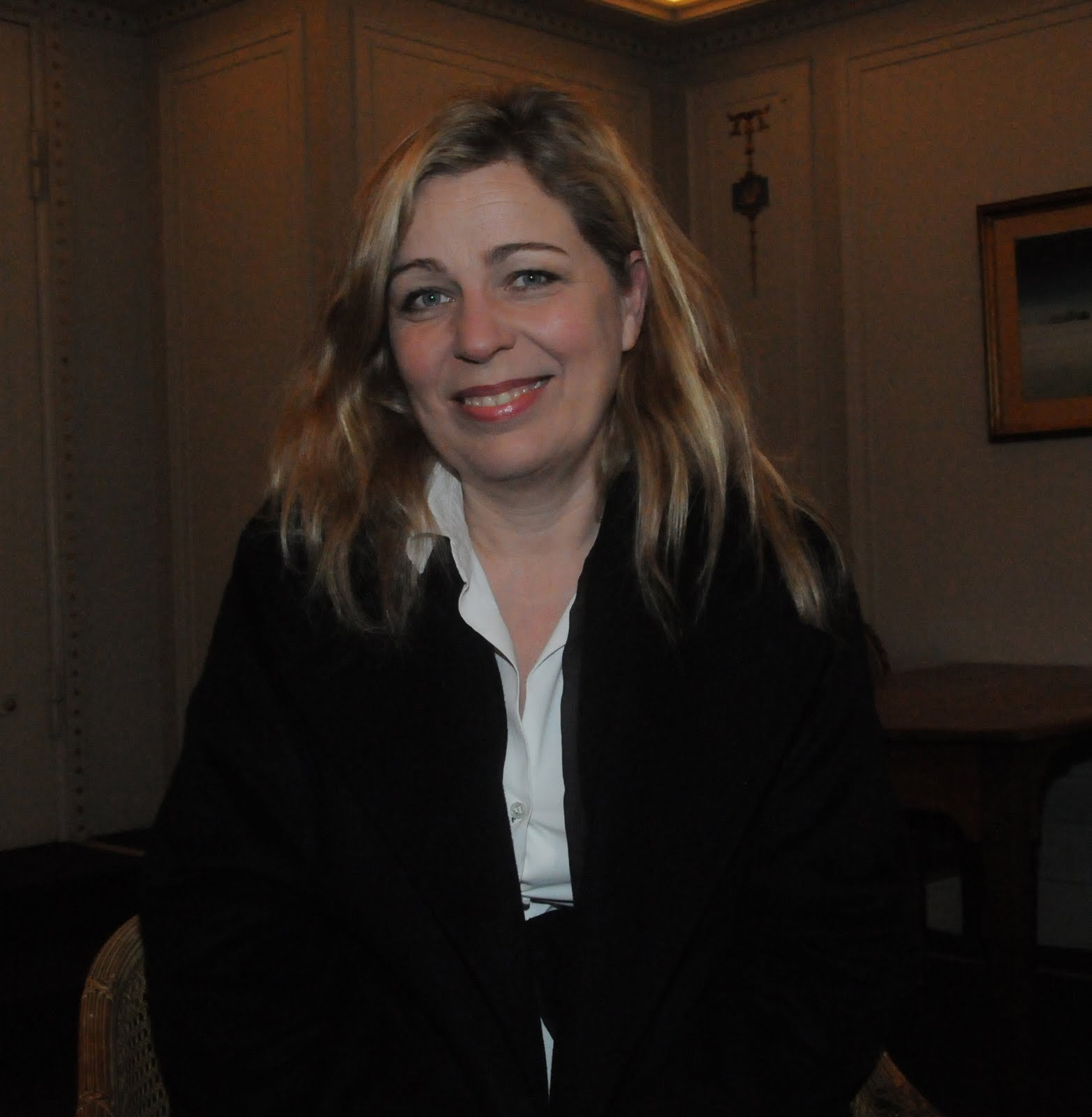 lone scherfig an education Lone scherfig and nick hornby come from wildly different backgrounds-- she a  danish filmmaker with ties to lars von trier's strict dogme 95.