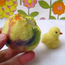 make wet felted rainbow eggs