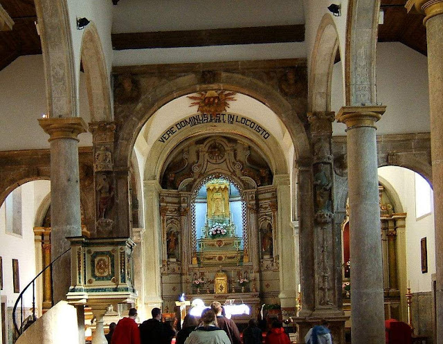Santarém, Igreja do Milagre, interior