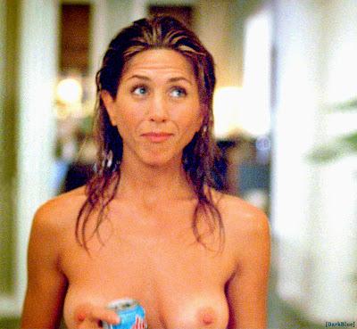 Jennifer Aniston Topless in The Break-Up
