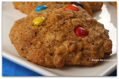 Agave and Honey Oatmeal M&M Cookies