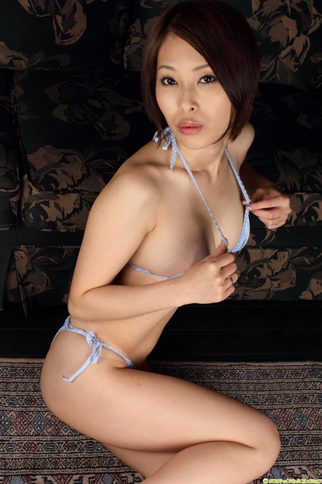 19 japanese model otsuka saki