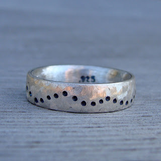 inexpensive wedding ring