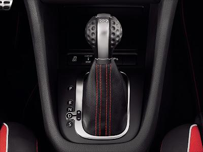 2010 Volkswagen Golf GTI adidas Shifter