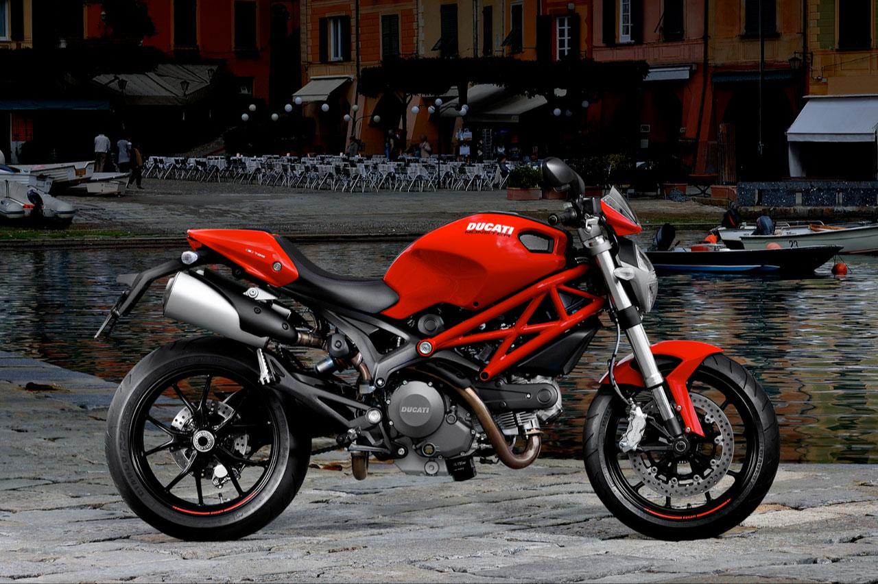 http://2.bp.blogspot.com/_J3_liDBfbvs/S-V8UE7q-LI/AAAAAAAAqqI/wGZkGHZEAjk/s1600/2011-Ducati-Monster-796-Wallpaper.jpg