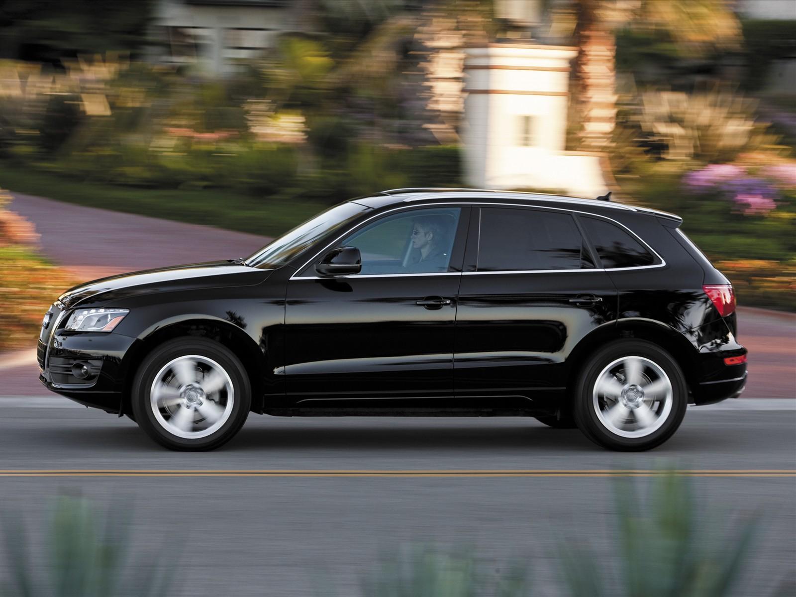 http://2.bp.blogspot.com/_J3_liDBfbvs/S-WLG3p3WiI/AAAAAAAAqsI/fTxjdK_SiYE/s1600/2010-Audi-Q5-Side-View.jpg