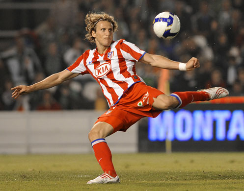 soccer wallpaper. Diego Forlan Soccer Wallpaper