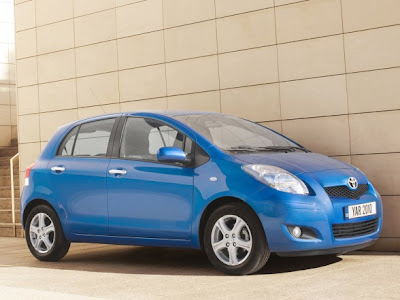 2010 Toyota Yaris Car Picture