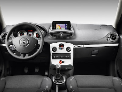 2010 Renault Clio S Car Interior