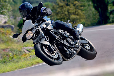 2010 BMW F800R Action View