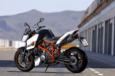 2010 KTM 990 Super Duke R Rear Side View