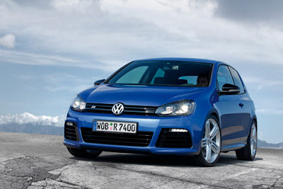 2011 Volkswagen Golf R Sporty Car