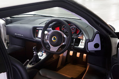 2010 Lotus Evora Interior