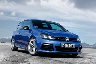 2011 Volkswagen Golf R Image