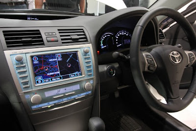 2010 Toyota Hybrid Camry Interior View