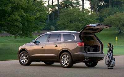 2010 Buick Enclave Rear Angle View