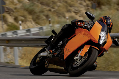 2010 KTM 1190 RC8 Side Action View
