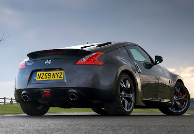2010 Nissan 370Z Black Edition Rear Angle View